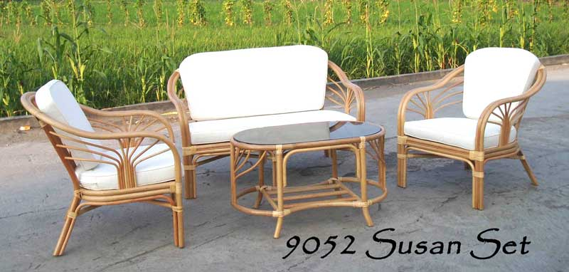 Susan Rattan Living Set