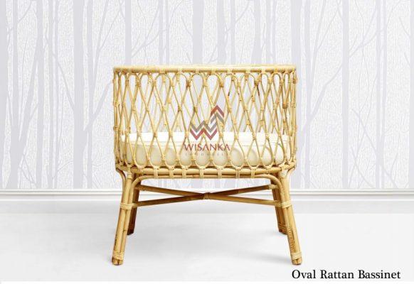 oval-rattan-bassinet